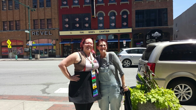 I was able to have lunch with Chris Dean of pixiecd while we were in Indy!
